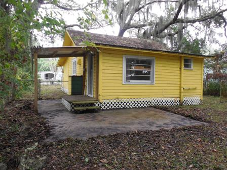 2407 gillis st palatka fl alan gray realty - Florida building code public swimming pools ...